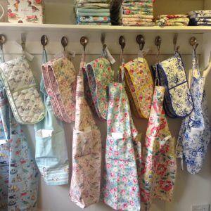 Bibelot leek Cath Kidston aprons and oven gloves