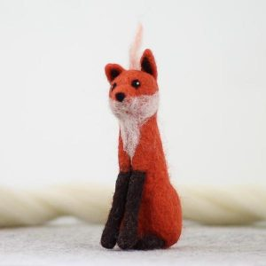 Hawthorne Handmade Fox Needle Felting Kit