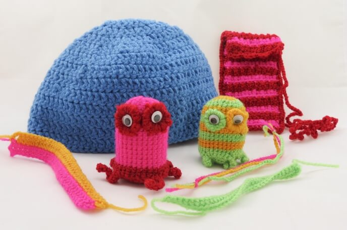 Buttonbag Learn How To Crochet Suitcase Kit