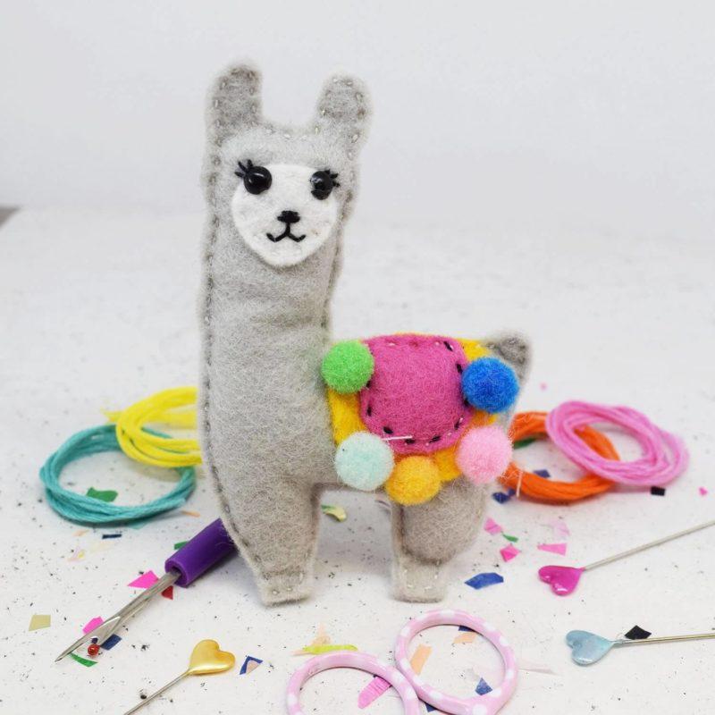 Lenny Llama Felt Sewing Kit