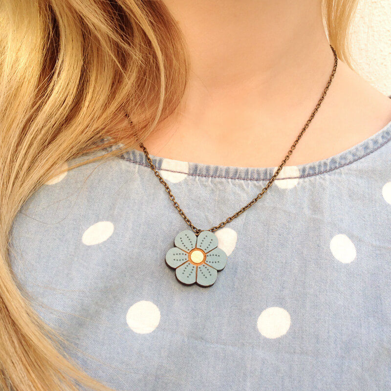 Layla Amber Blue Mini Flower Necklace