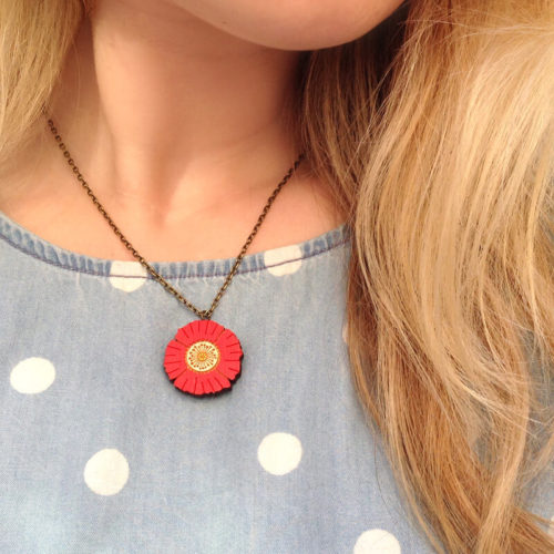 Layla Amber Red Mini Flower Necklace