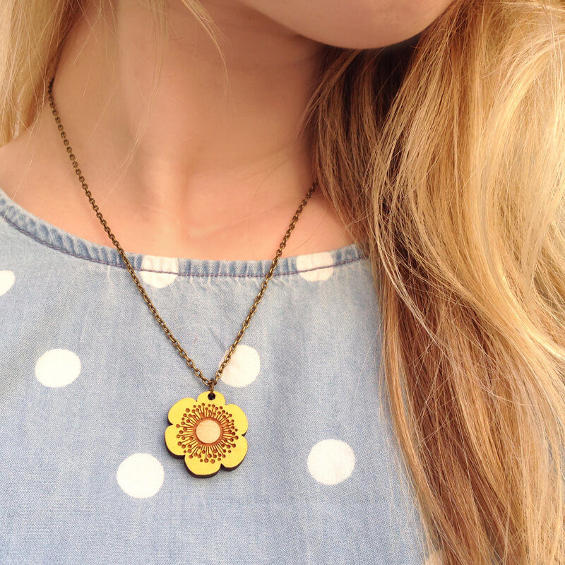Layla Amber Buttercup Mini Flower Necklace