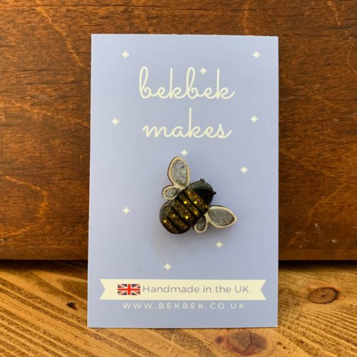 Bekbek Makes Bee Pin Badge