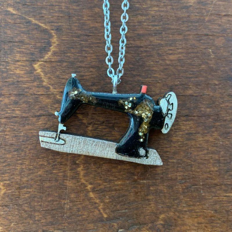 Bekbek Makes Sewing Machine Necklace