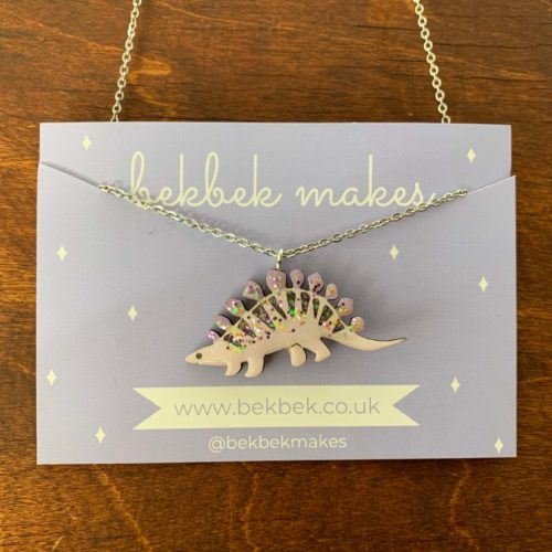 Bekbek Makes Stegosaurus Necklace