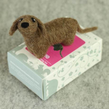 Hawthorn Handmade Dachshund Mini Needle Felting Kit