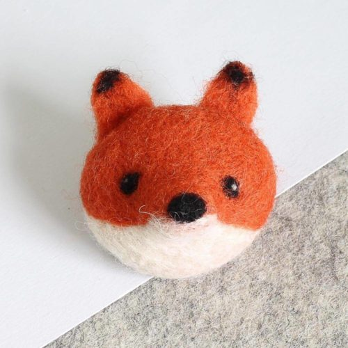 Hawthorn Handmade Fox Brooch Needle Felting Kit