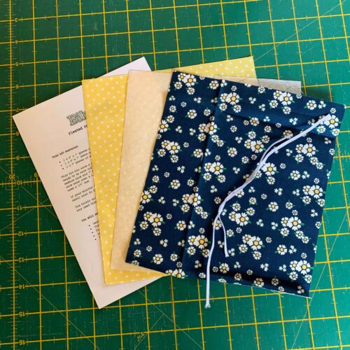 Pleated Face Mask Kit: Riley Blake: Happiness is Handmade: Floral Navy