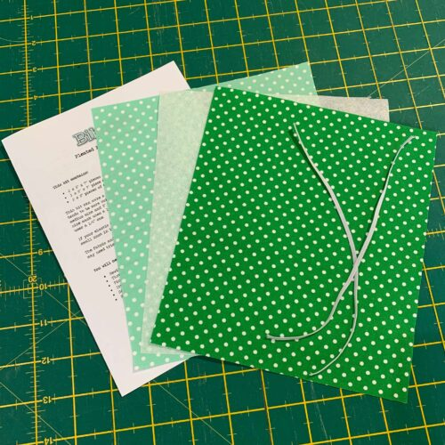 Pleated Face Mask Kit: Dotty Emerald/Pastel Green