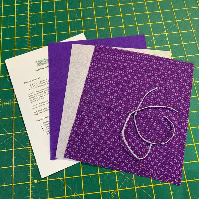 Pleated Face Mask Kit: Makoti Purple Dots