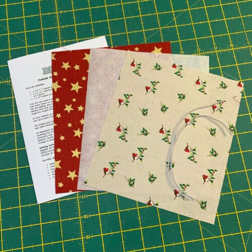 Pleated Face Covering Kit: Christmas Robins & Star