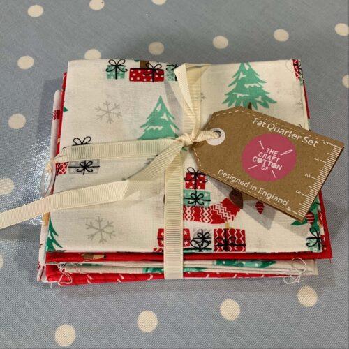 Christmas Sausage Dogs Cotton Fabric - Fat Quarter Bundle