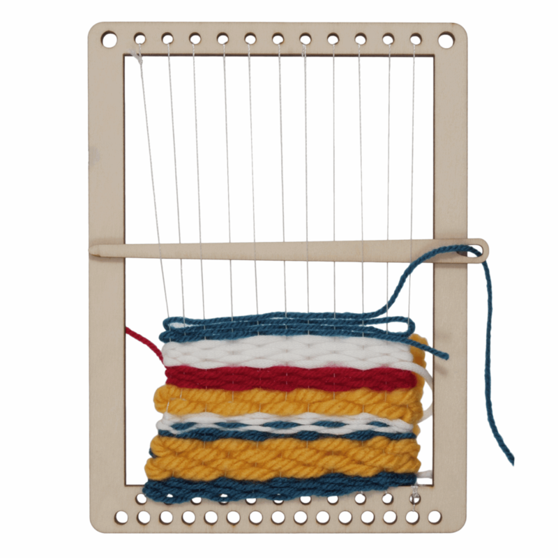 Weaving Set: Loom, Comb and Two Needles