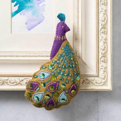Corinne Lapierre Felt Pretty Peacock Mini Kit