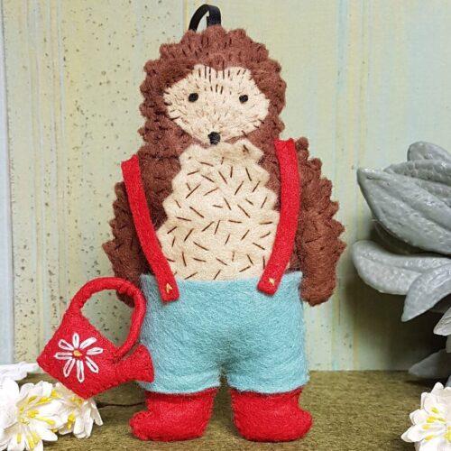 Corinne Lapierre Felt Mr Hedgehog, Gardener Craft Kit
