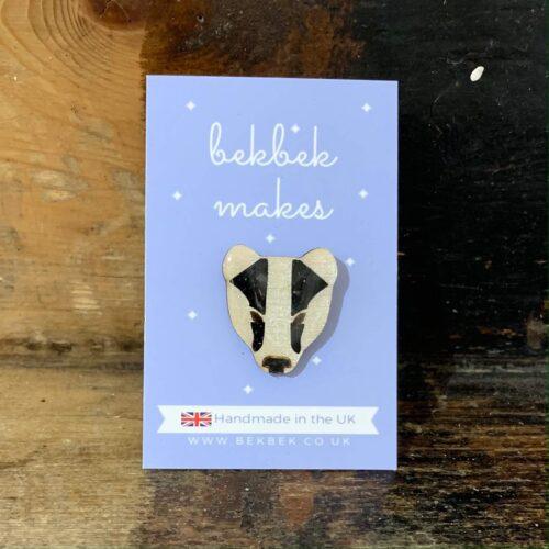 BB badger face brooch