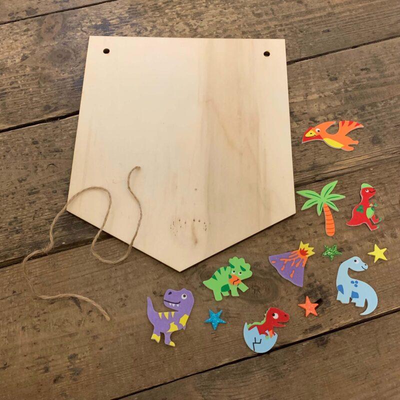 Wooden Hanging Banner Kit - Dinosaur