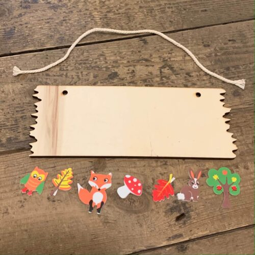 Wooden Hanging Plaque Kit - Woodland