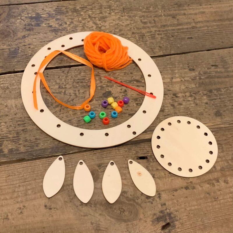 Wooden Dreamcatcher Kit: Orange