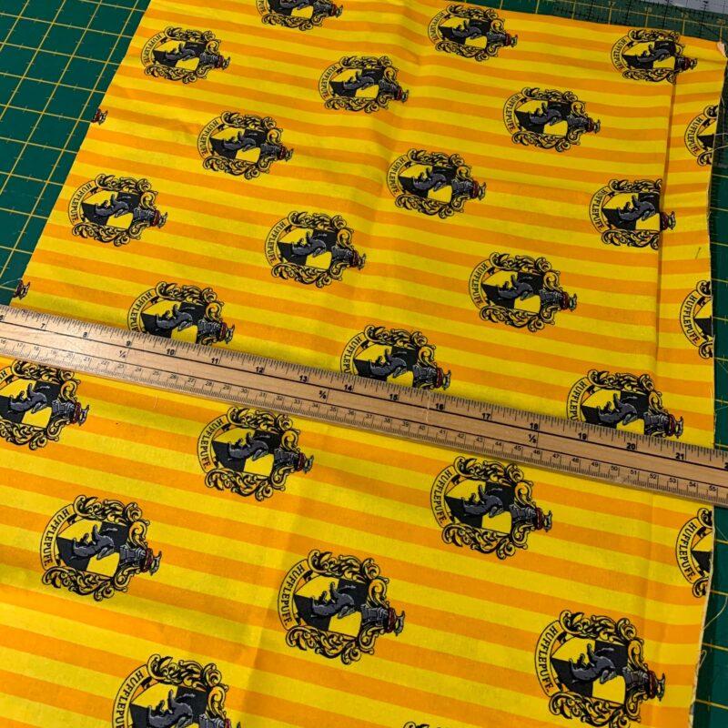 Harry Potter Hufflepuff Cotton Fabric: 40 x 112cm – £3.60